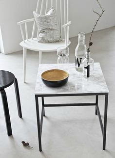 It seems like the marble trend isn't going away any time soon. It's still very much around and I personally wish it long and happy life, what about you? If you are like me and you are still wanting to diy some marble and marble-looking like pieces, we might be on time. In fact, there...Read More