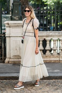 39 Seriously Inspiring Street Style Looks from Paris Couture Week Fall 2017 — FashionFiles