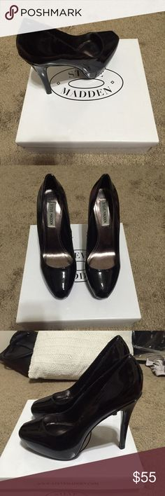 Steve Madden black patten leather pumps Only been worn a couple of times! Still in great condition!! Steve Madden Shoes Heels