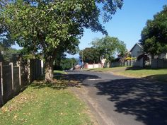 Explore this property 2 Bedroom House in Uvongo