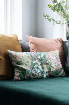 Gjennomtenkt fargepalett Diy Sofa, Throw Pillows, Bamboo, Rome, Diy Couch, Cushions, Decor Pillows, Pillows, Decorative Pillows