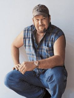 Larry The Cable Guy is super cute, Altho the whole get r done thing annoys me. Lol