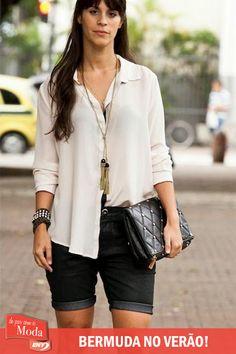 Saiba como substituir os shorts jeans sem perder o estilo em http://enycalcados.blogspot.com.br/2014/10/sabe-qual-peca-que-esta-roubando-o.html