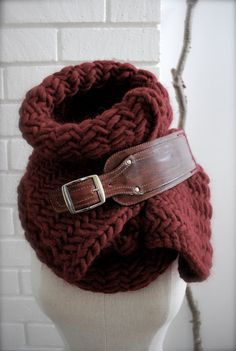 I love this idea... chunky knit scarf with leather buckle
