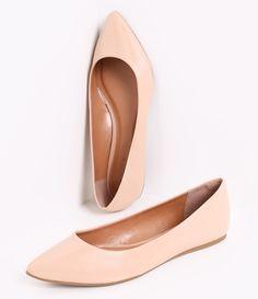 Sapatilha  feminina       Material: sintético      Efeito envernizado      Marca: Satinato            COLEÇÃO VERÃO 2016              Veja outras opções de    sapatilhas femininas.                Sobre a marca Satinato     A Satinato possui uma coleção de sapatos, bolsas e acessórios cheios de tendências de moda. 90% dos seus produtos são em couro. A principal característica dos Sapatos Santinato são o conforto, moda e qualidade! Com diferentes opções e estilos de sapatos, bolsas e…