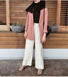 super Ideas for style hijab casual kemeja Hijab Casual, Hijab Chic, Casual Outfits, Fashion Outfits, Fashion Fashion, Trendy Fashion, Dress Fashion, Ootd Hijab, Casual Pants