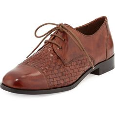 Cole Haan Jagger Woven Leather Oxford (890 BRL) ❤ liked on Polyvore featuring shoes, oxfords, sequoia leather, short heel shoes, cole haan shoes, leather oxfords, small heel shoes and genuine leather shoes