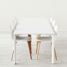 Gubi > Y! Table - (White)