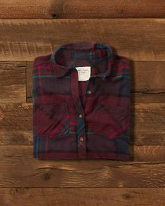 A&F Gift Guide // Womens Plaid Flannel Shirt // abercrombie.com