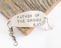 Father of the Groom Gifts for Groom's Dad of the Bride Gift to Daddy on Wedding Day Personalized Fishing Lure Gift Parents of the Groom Him by CandTCustomLures on Etsy https://www.etsy.com/listing/231993771/father-of-the-groom-gifts-for-grooms-dad