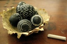 Chalkboard Easter Eggs, hand painted Easter eggs, DIY Easter Egg Crafts, Easter Table Setting #2014 #Easter #eggs #food #decor #recipes #crafts www.loveitsomuch.com