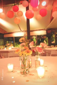 Centros de mesa + Instalacion con globos de papel