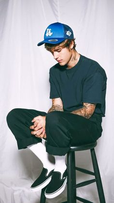 Justin Bieber Smile, Justin Bieber Outfits, Justin Bieber Photos, Justin Bieber Wallpaper, Urban Outfits, Cute Boys, Street Wear, Menswear, Street Style