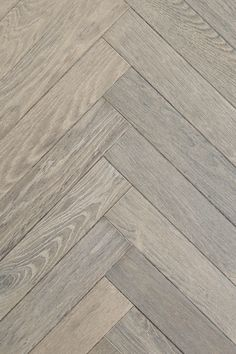 Discover the best vibrant room flooring options for your flourishing room. flooring ideas and types explained pro what's the most well-liked (data-driven facts). Oak Parquet Flooring, Hall Flooring, Basement Flooring, Living Room Flooring, Wooden Flooring, Hardwood Floors, Rustic Floors, Karndean Flooring, Cork Flooring