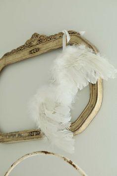 Decor: Moldura e asas de anjo