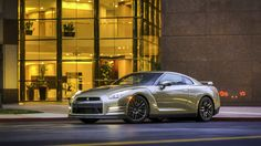 2016 Nissan GT R Anniversary Gold Edition Nissan Gt R, Nissan Skyline Gtr, Top 10 Sports Cars, Gold Paint Colors, Japanese Cars, Dream Cars, Anniversary, Side View, Champagne