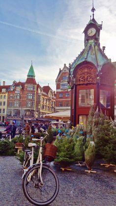 A Divalicious Copenhagen Christmas Tour | thebikeadventures