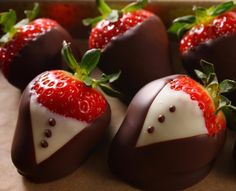 Elegant strawberries