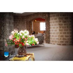 Attention --> ✨to deTaiLS 💐#lunasalada #lunasaladahotel #hotellunasalada #uyuni #uyunisaltflats #salar #salardeuyuni #saltflats #potosi #bolivia #southamerica #flowers #details