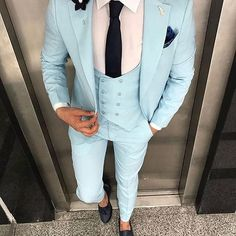 Would you wear this?  @dapperlydone_clips Dress Suits For Men, Formal Dresses For Men, Kids Suits, Men Dress, Mens Fashion Blazer, Suit Fashion, Mens Tailored Suits, Boys Kurta Design, Classy Suits