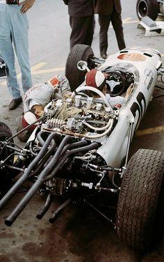 1965 Honda RA 272.