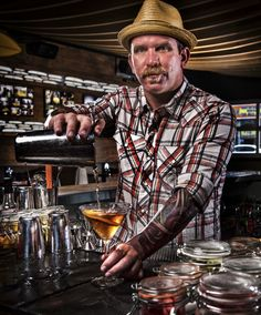 JJ Nesbitt creates #cocktails with local produce at @Matty Chuah Duck Dive in #PacificBeach