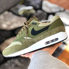 low priced b982a 061b6 Nike Air Max 1 Olive