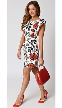 Retro Style White & Red Rose Floral Cap Sleeve Knit Shift Dress