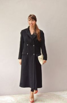 black coat / wool cashmere trench coat jacket / black wool Peacoat size medium