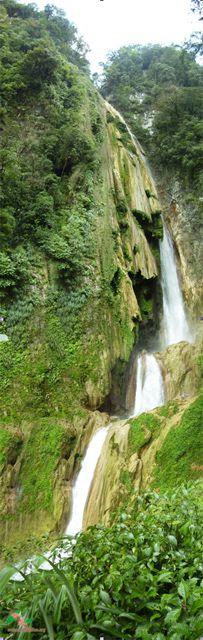 Busilha Usumacinta es una cascada en Guatemala