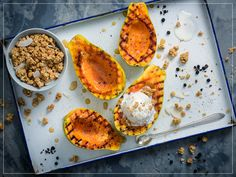 Try Grilled papaya by FOOBY now. Or discover other delicious recipes from our category desserts. Vegetarian Breakfast, Breakfast Recipes, Papaya Recipes, Good Food, Yummy Food, Delicious Recipes, Granola Cereal, Bbq, Cereal Recipes