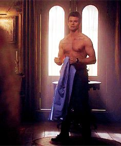The Originals and The Vampire Diaries ... Elijah Mikaelson