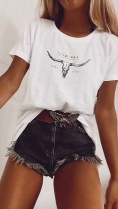 Trendy Summer Outfits, Cute Comfy Outfits, Simple Outfits, Stylish Outfits, Teen Fashion Outfits, Mode Outfits, Look Fashion, Country Style Outfits, Southern Outfits