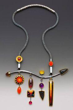 Necklace by Lisa Hawthorne, 2010 Niche Award Winner - Photo by George Post http://www.lisahawthorne.com/