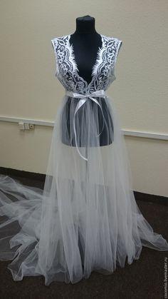 Купить Белый пеньюар со шлейфом (будуарное платье) 40-42 - однотонный, белый, пеньюар
