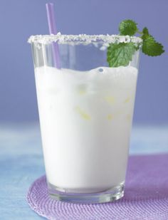 Turkish Ayran drink - 3 cups plain yogurt, cup water, 1 Tsp salt - put all ingredients in a blender, mix for about 30 sec, pour some icecubes in and garnish with mint. If you have lactose intolerance please use lactose free yogurt. Bulgarian Recipes, Turkish Recipes, Bulgarian Yogurt, Bulgarian Food, Plain Yogurt, Middle Eastern Recipes, Arabic Food, Lactose Free, Energy Drinks