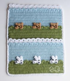 This Peekaboo Blanket is SO ADORABLE!!!!! Click for the free Peekaboo Crochet Blanket Pattern. All Free Crochet, Crochet Bear, Crochet For Kids, Crochet Hooks, Small Blankets, Cozy Blankets, Crochet Blanket Patterns, Baby Blanket Crochet, Crochet Projects