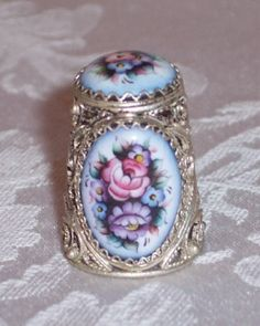 1010 - Silver Filigree with Porcelain Floral Thimble