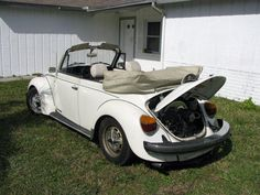 Steve Solverson, Tampa, Florida, U. Also member of Local Volks. His 1979 Triple White VW Super Beetle Cabriolet. With a dual cads' engine. Body Painting Men, Vw Super Beetle, Vw Cc, Tampa Florida, Volkswagen, Antique Cars, Engineering, Simile, Vehicles
