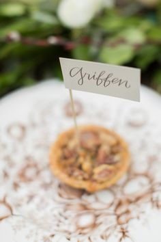 pie placecards | Rachel Moore #wedding