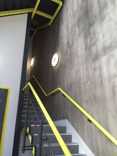 Finde Diesen Pin Und Vieles Mehr Auf Treppenhaus Mit Steinoptik Von  Ambientestones.