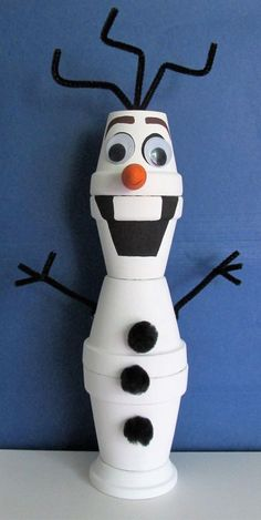 Hand-painted Clay Pot Olaf Shelf-sitter by BrenDecor on Etsy Flower Pot Art, Clay Flower Pots, Flower Pot Crafts, Clay Pot Projects, Clay Pot Crafts, Diy Clay, Shell Crafts, Painted Clay Pots, Painted Flower Pots