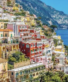 Positano vibes today ... Summer is almost here Yay! ...by @ournextflight #travelstitaly #Positano #photography #design #artsy #romantic #decor #hotel #hotellife #hoteldesign #hotels #hotelstyle #architecture #view #travelblogger #travels #travelguide #hotelinterior #traveler #traveling #traveltheworld #travelholic #traveleurope #wanderlust #travel #bucketlist #architecturelovers #europe #wanderlust #traveladdict #hoteldesign #inspiration #inspo #travelblog #destinationwedding #travelgram #dyi