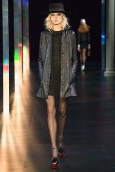 Saint Laurent Spring 2015 Ready-to-Wear Fashion Show Collection