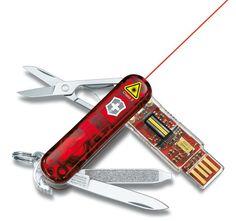 Victorinox Presentation Master 32GB model includes USB drive and laser pointer
