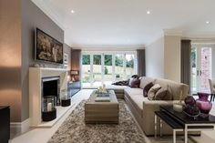 Sunningdale, Berkshire   Transitional   Family Room   South East   Luke  Cartledge Photography