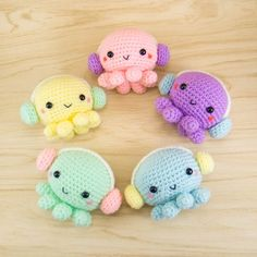 Mesmerizing Crochet an Amigurumi Rabbit Ideas. Lovely Crochet an Amigurumi Rabbit Ideas. Kawaii Crochet, Cute Crochet, Crochet Crafts, Crochet Baby, Crochet Projects, Crocheted Jellyfish, Crochet Octopus, Octopus Crochet Pattern Free, Crochet Animal Patterns