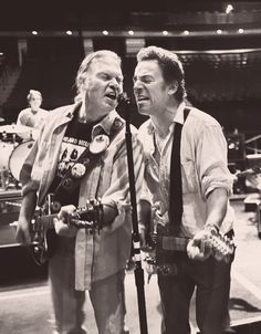 Bruce Springsteen and Neil Young, 2004. © Danny Clinch