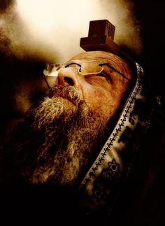 Photograph Yom Kippur by Michael Lisman on Visit Israel, Jewish Men, Yom Kippur, Jewish History, Jerusalem Israel, Rabbi, We Are The World, Culture, Holy Land