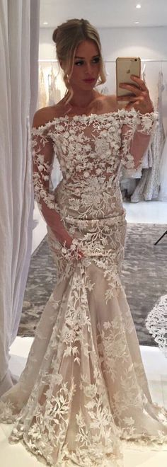 This beautiful #BERTA style 17-145 is now available off the rack for purchase at our NYC showroom